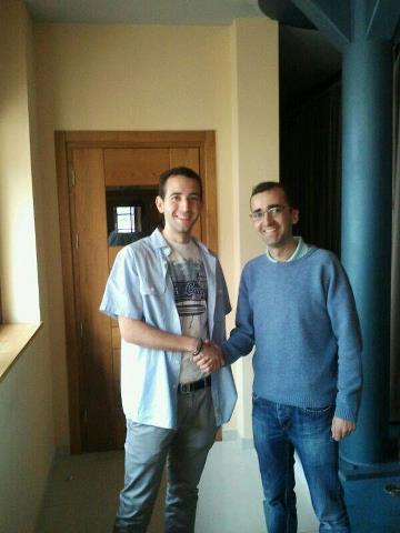 A la izquierda Navia Zafra con el secretario general local