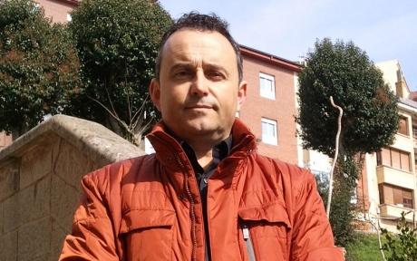El partido popular de tineo propone ayudas a las familias for Manuel alba