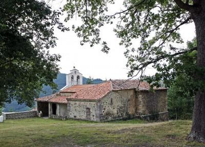 MERA.- Iglesia de Jarceley