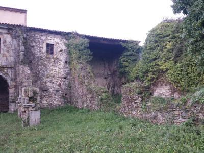 Parte trasera Monasterio Obona 1
