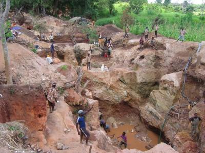Una mina de coltán en el Congo. Internet
