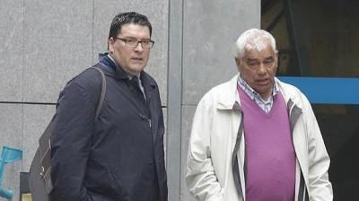 El condenado con su abogado. Internet, Mario Rojas
