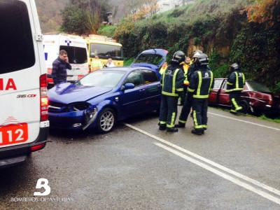 2014.11.24 Accidente de Tráfico en CN. Tebongo. 1