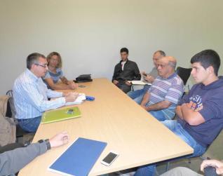 Reunión de administración y ganaderos