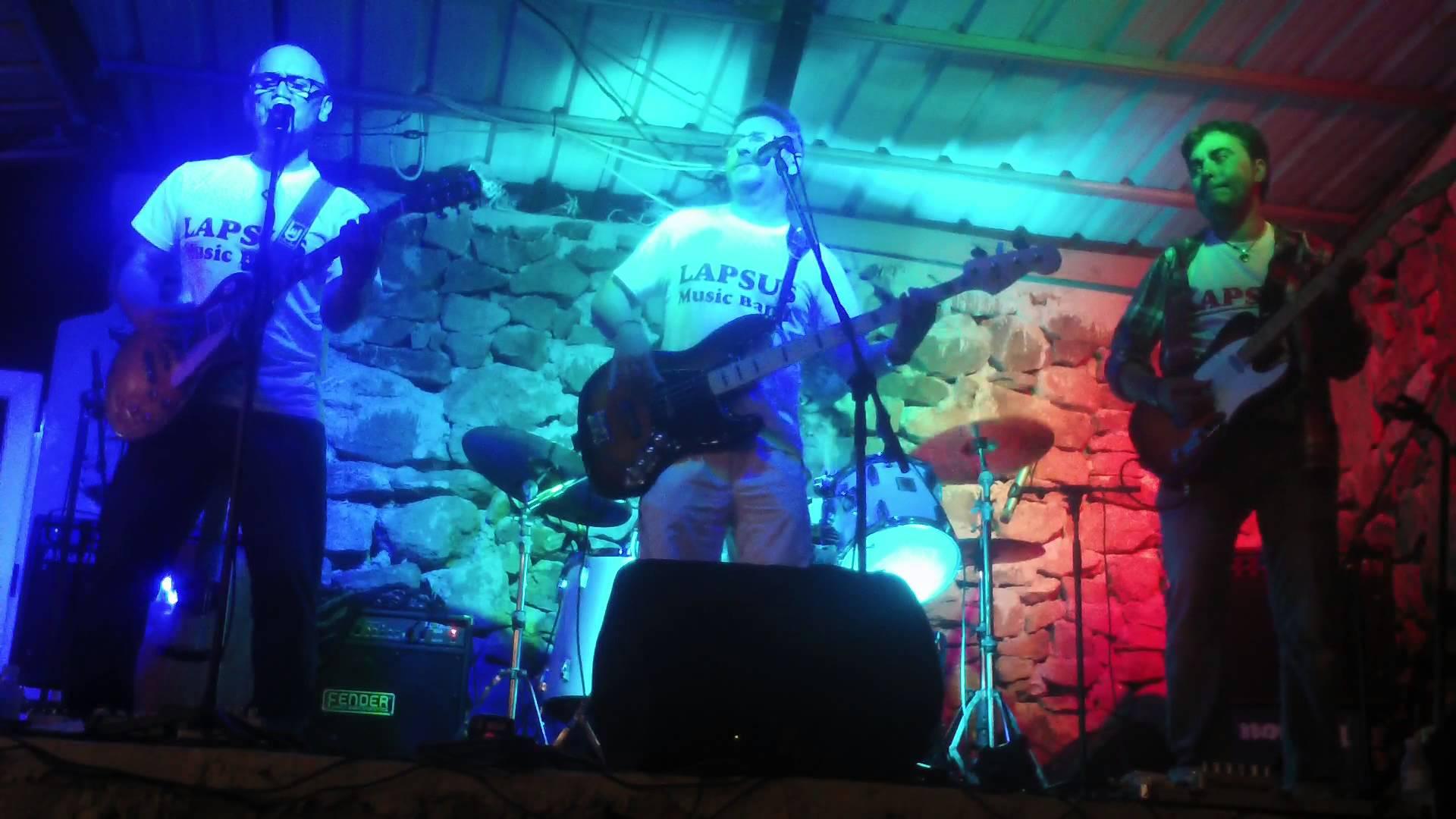 CANGAS DEL NARCEA.- Hoy, concierto de LAPSUS MUSIC BAND