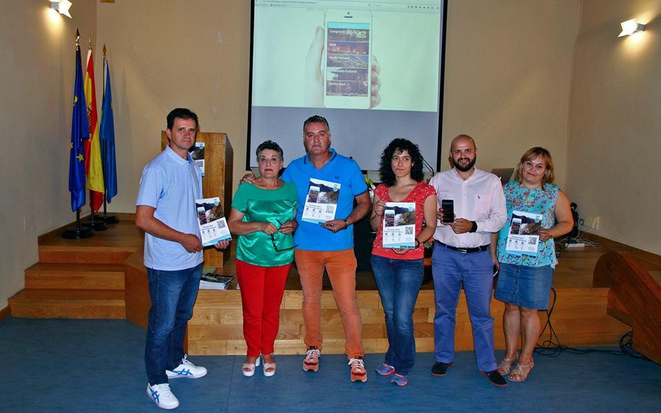 CANGAS DEL NARCEA.- Presentado nuevo material turístico para promocionar el concejo
