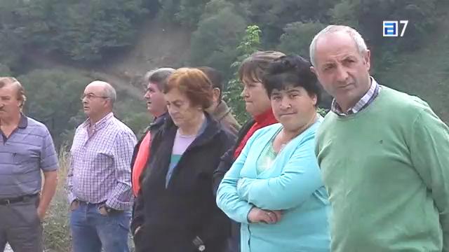 CANGAS DEL NARCEA.- La protesta de Bergame y la polémica de las carreteras