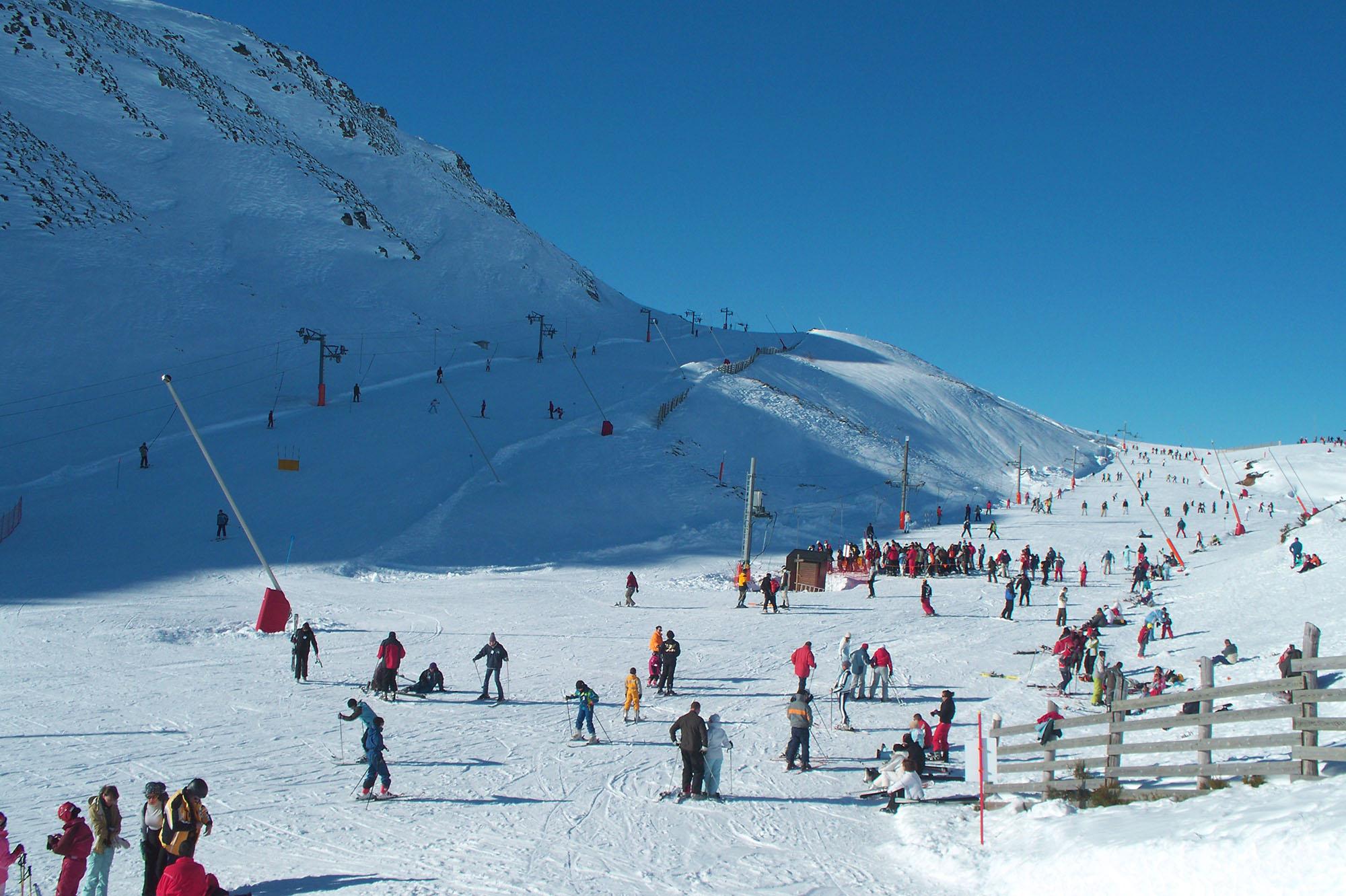CANGAS DEL NARCEA.- Convenio con León con el esquí como fondo