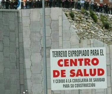 CANGAS DEL NARCEA.- Centro de Salud: El PP acusa a unos y otros de incumplimientos