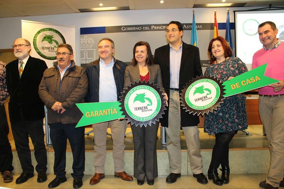 CANGAS DEL NARCEA.- Ternera Asturiana presenta una marca de garantía para potenciar el comercio de la carne de vacuno mayor