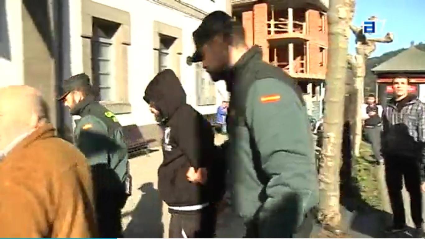 CANGAS DEL NARCEA.- Prisión para el hombre que atacó a una mujer en Cangas