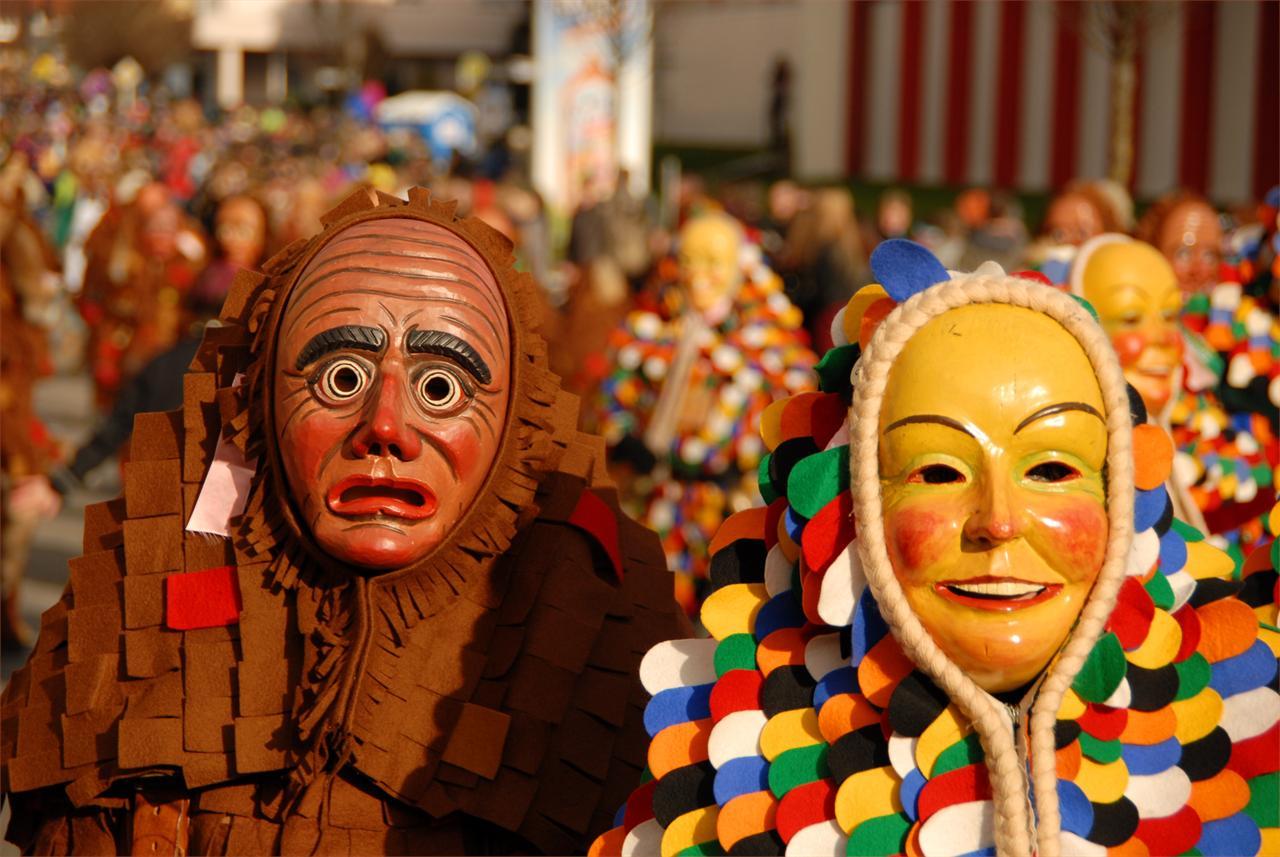 CANGAS DEL NARCEA.  Carnaval: no me conoció ni mi madre