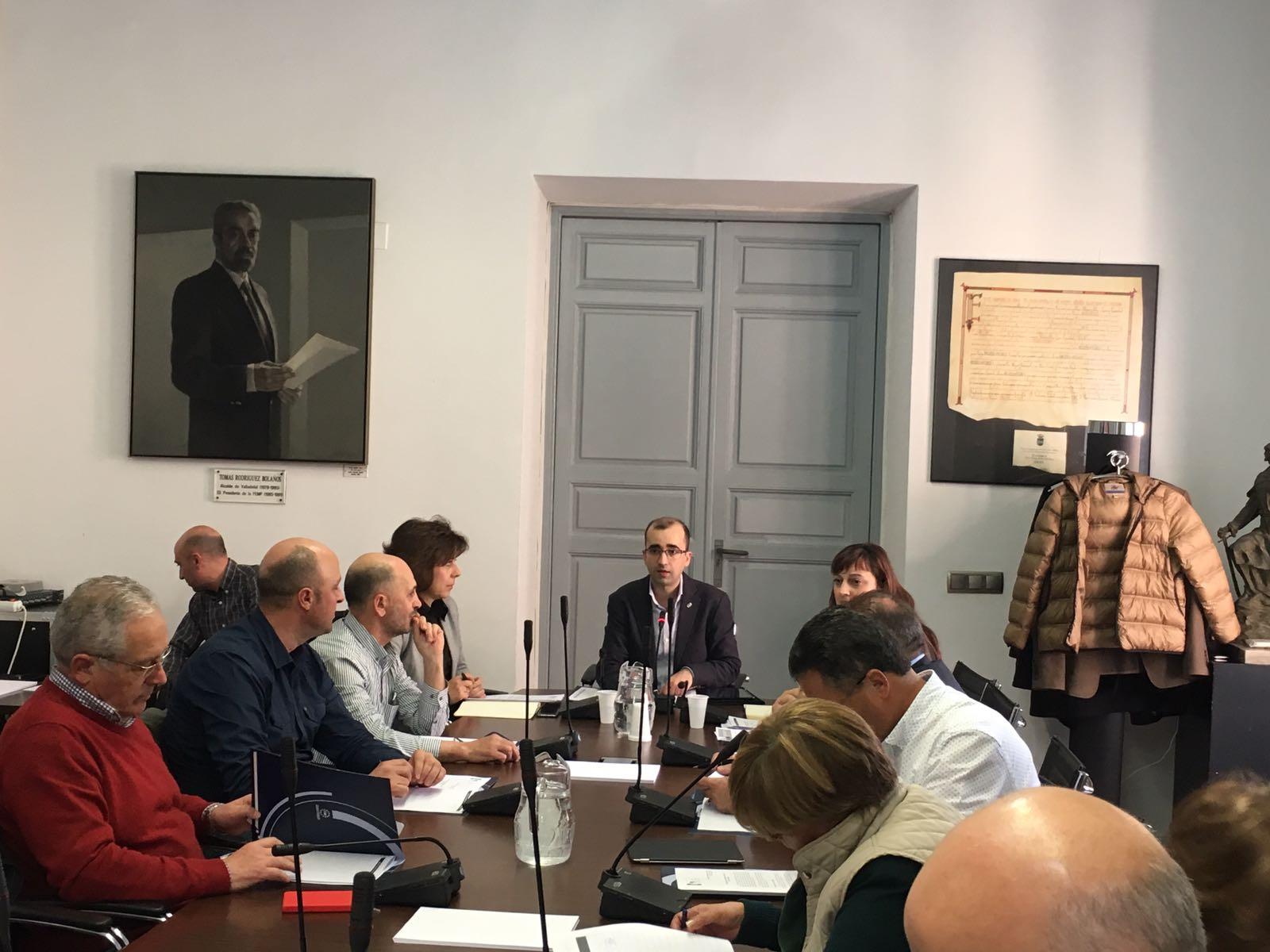 CANGAS DEL NARCEA- La FEMP acuerda solicitar al ministerio un cambio en la administración de pastos.