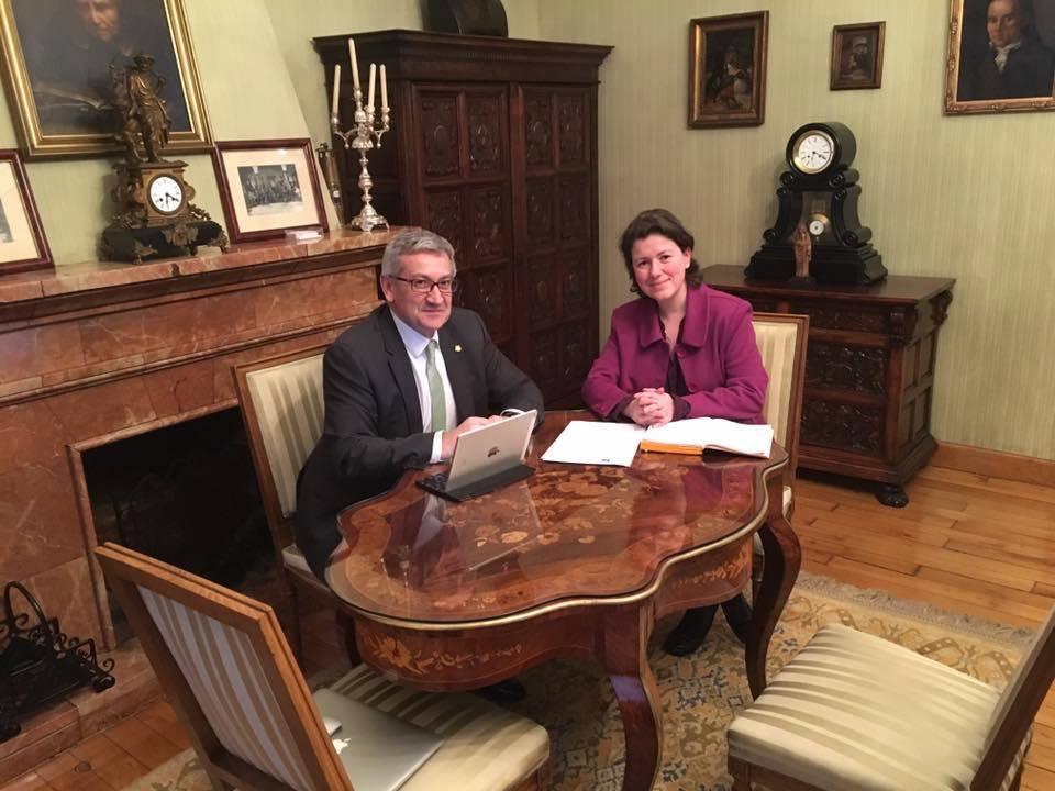 IBIAS.- El concejo se abre a la universidad de Oviedo
