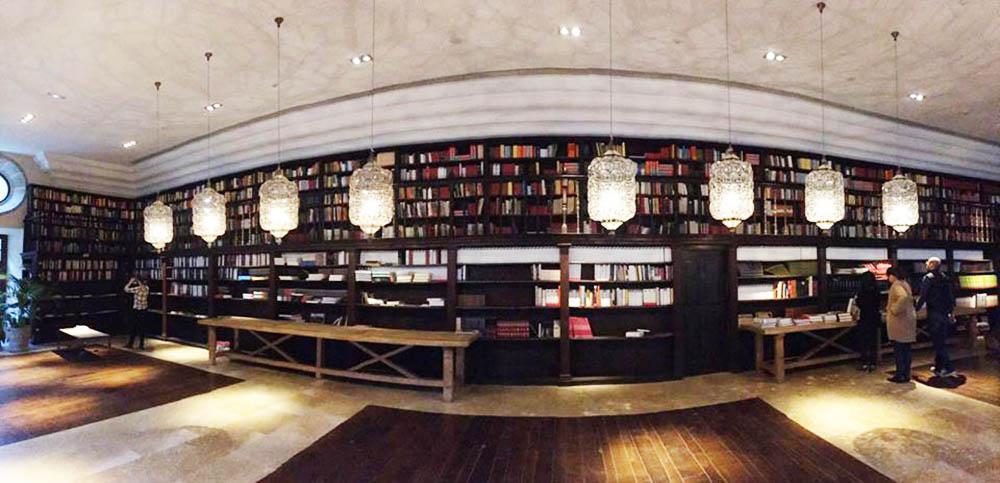CANGAS DEL NARCEA.- 4.200 títulos más para la biblioteca de Corias, la mejor de Paradores