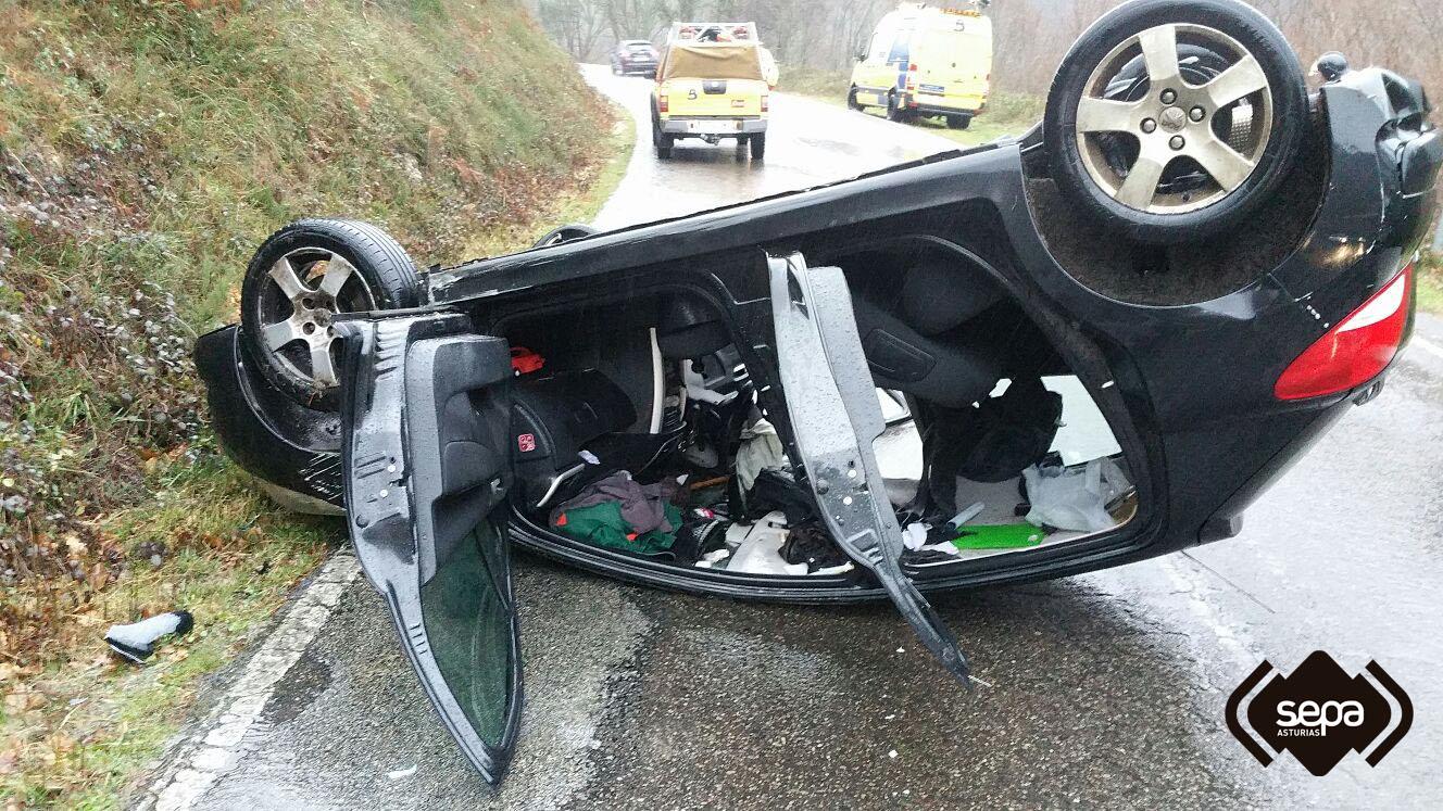 Accidente de tráfico en Allande