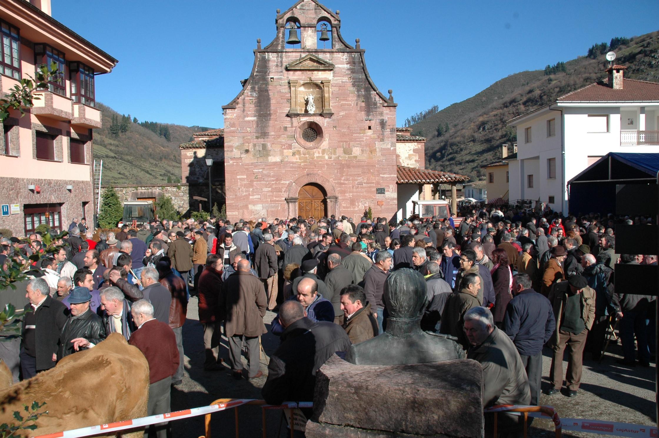 TINEO.- Mañana San Blas en Tuña ,la feria de las naranjas