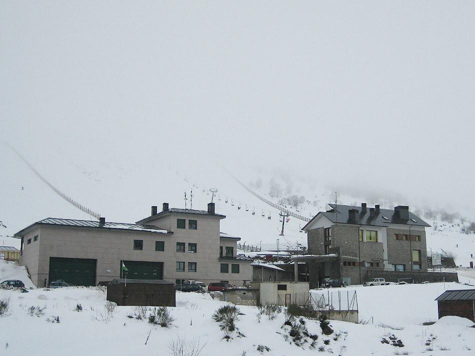 CANGAS DEL NARCEA.- Cierra Leitariegos. No se espera nieve para Semana Santa