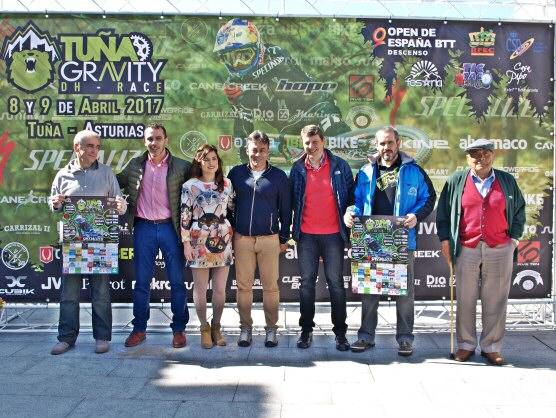 """TINEO.- Presentada la prueba nacional de ciclismo de montaña """"Tuña gravity DH Race""""."""