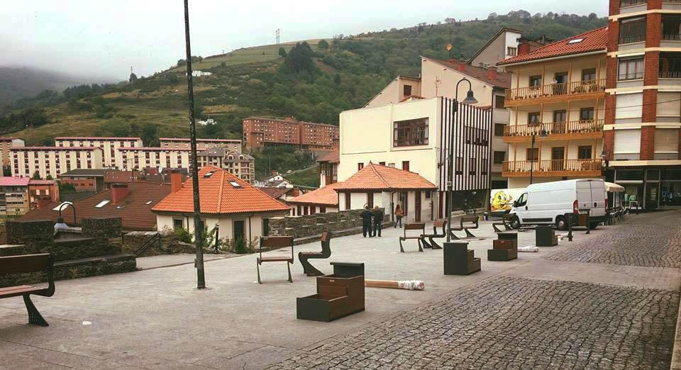 CANGAS DEL NARCEA.- Plaza Toreno: Las razones del alcalde