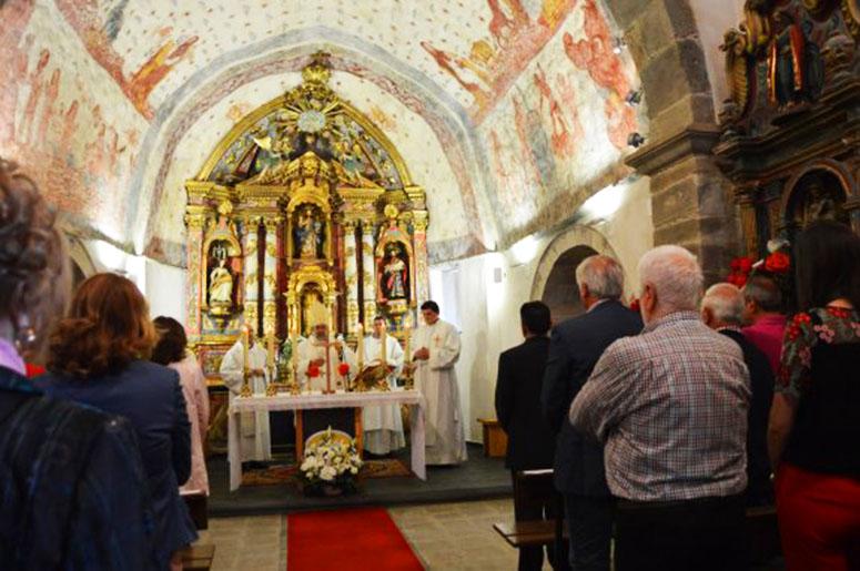 CANGAS DEL NARCEA.- Las pinturas de la iglesia de San Salvador, en Cibuyo, ya lucen ya con todo su esplendor.