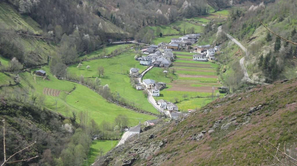 CANGAS DEL NARCEA.- Moal y Pola de Allande propuestos para Pueblo Ejemplar de Asturias