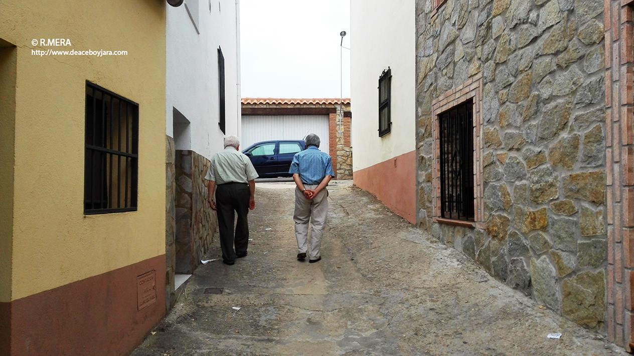La foto y su pie: Camino de casa