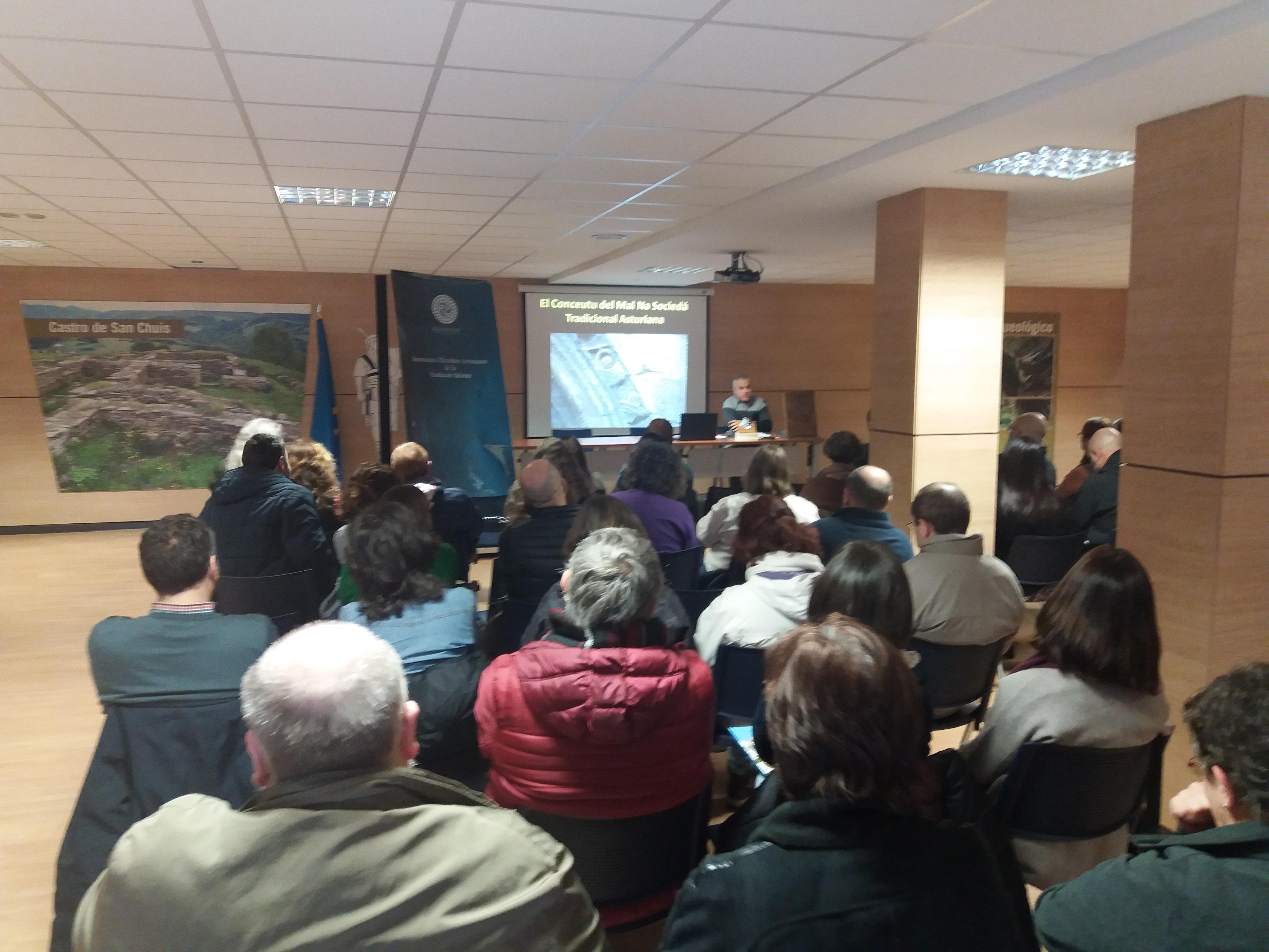 ALLANDE.- Concluyó el VIII Seminario de Estudios Asturianos