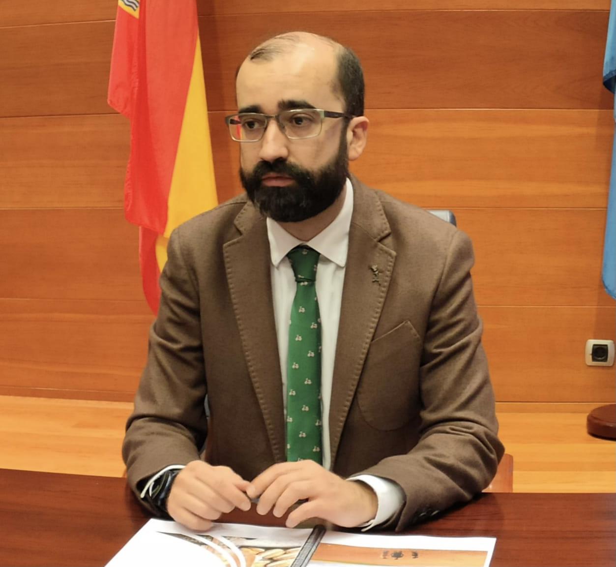 El alcalde cangués defiende la ampliación de Leitariegos frente a los ecologistas
