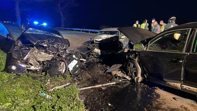 Una mujer muerta y siete personas heridas en un accidente de tráfico en Tineo