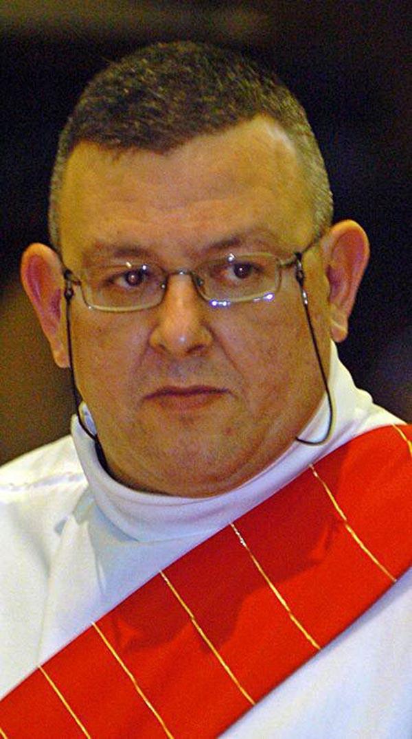 Murió Javier García, vicario que fue de Cangas