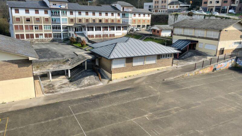 Cangas solicita la cesión de las pistas deportivas de la Escuela Hogar