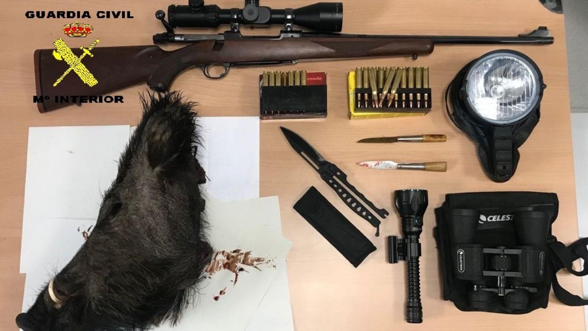 Tres furtivos investigados por caza ilegal en Cobos